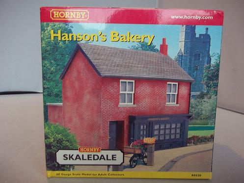 R8520 Hornby Skaledale Hanson's Bakery