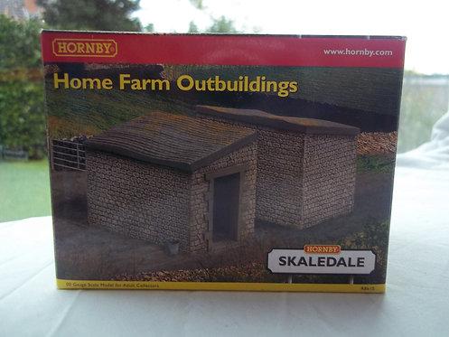 Hornby Home Farm Outbuildings R8610 OOG/1:76
