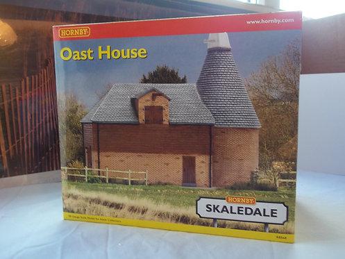 Hornby Skaledale Oast House OOGauge R8568