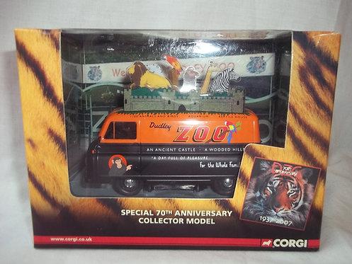 Corgi Limited Edition Die-Cast Van Dudley Zoo 1:43