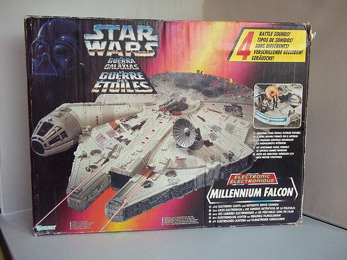 Kenner STAR WARS Electronic Millennium Falcon 1995