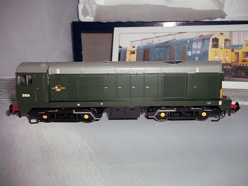 Bachmann 32-028 Class 20 Diesel D8134 BR Green DCC FITTED
