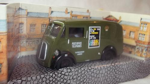 Corgi Classic Vehicles Morris J Van Post Office