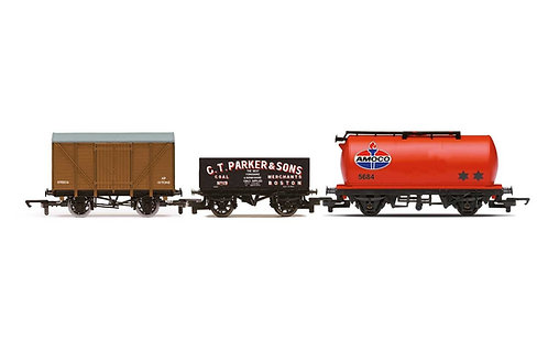 R60048 Tripple Wagon Pack Mixed Wagons with Box Van - Era 3