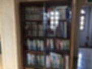 3階_bookshelf.JPG.jpg