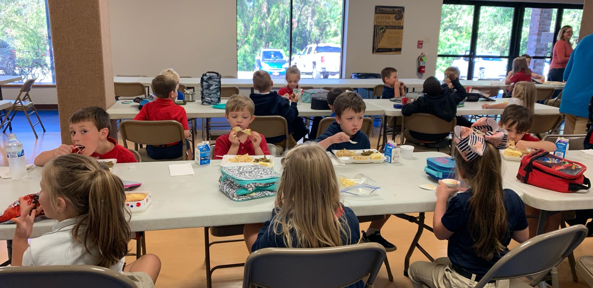 Kindergarten Lunchtime