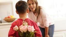 Последнее воскресенье ноября – День матери в России.