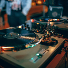 dj-soiree-dansante.jpg