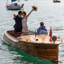 arrivée des mariés originale en bateau