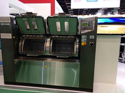 lavadora extratora com barreira hospitalar teknomak