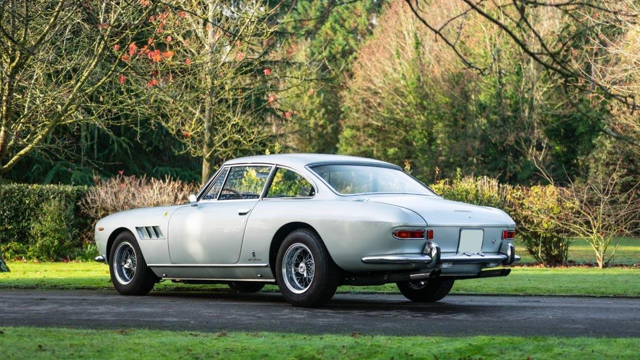 1967 330 GT 2+2 (20)