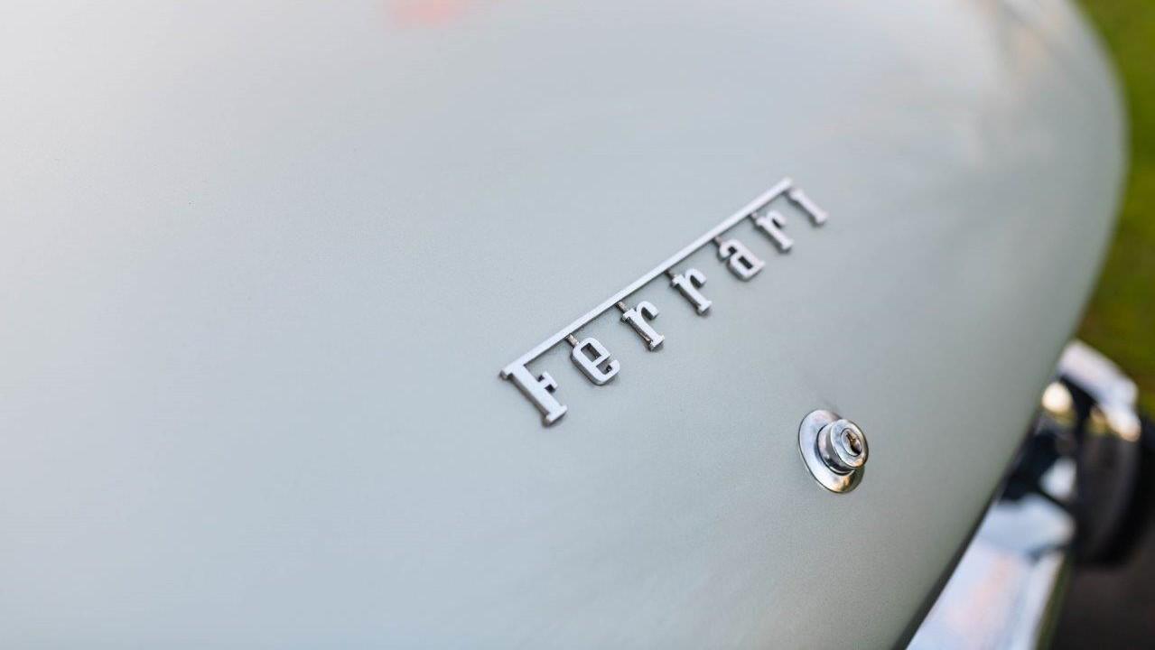 1967 330 GT 2+2 (17)