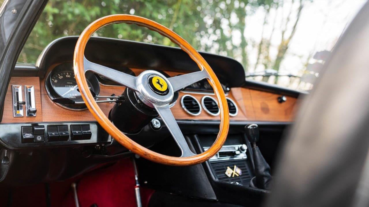 1967 330 GT 2+2 (34)