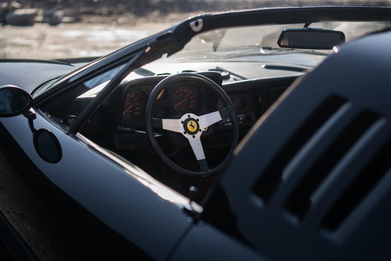 KH17_Ferrari512_036