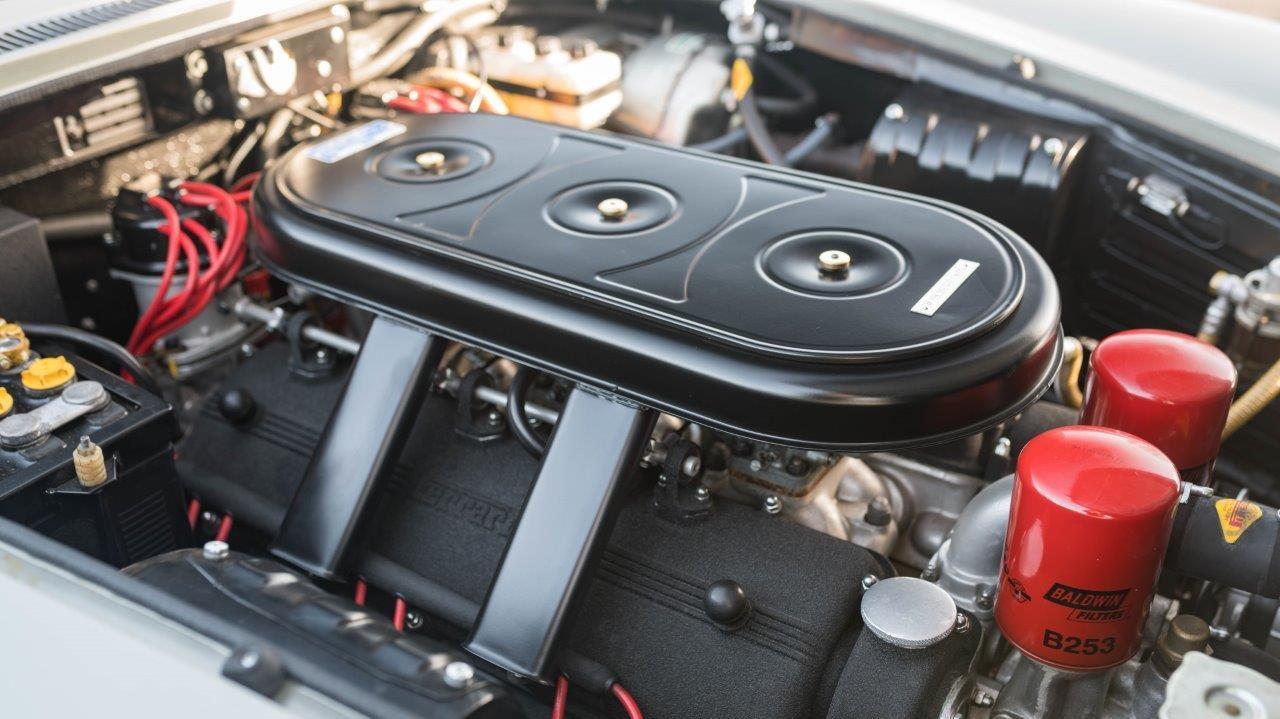 1967 330 GT 2+2 (3)