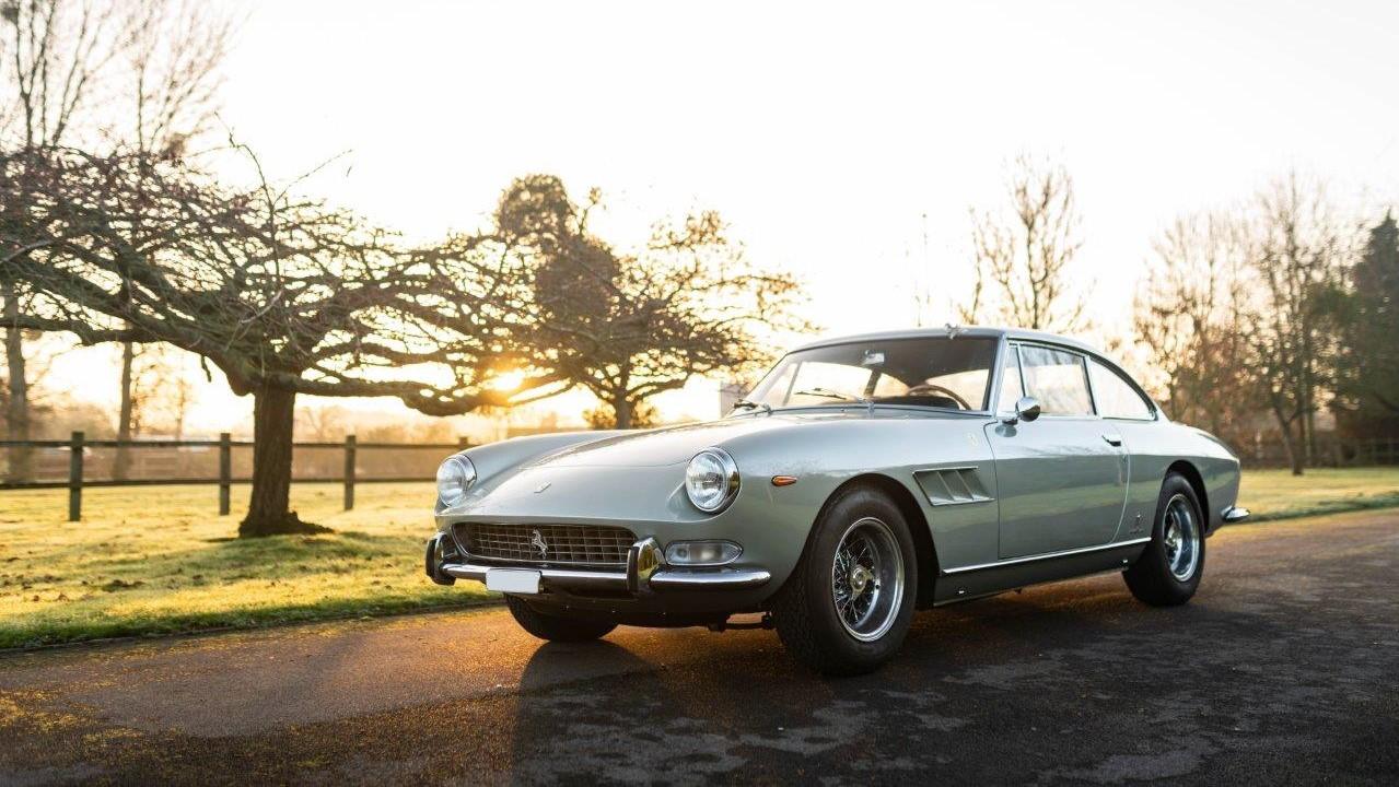 1967 330 GT 2+2