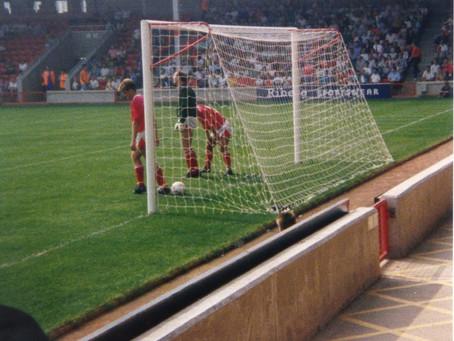 25.8.1990. Walsall 2 Torquay United 2.