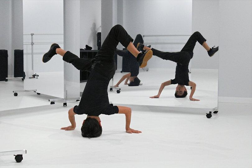 breakdancing.jpg