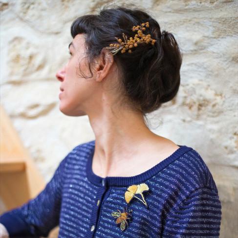 Gingko et abeille porté