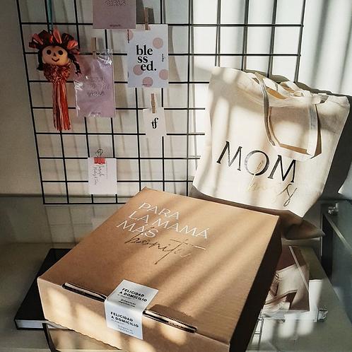 Caja Mom's
