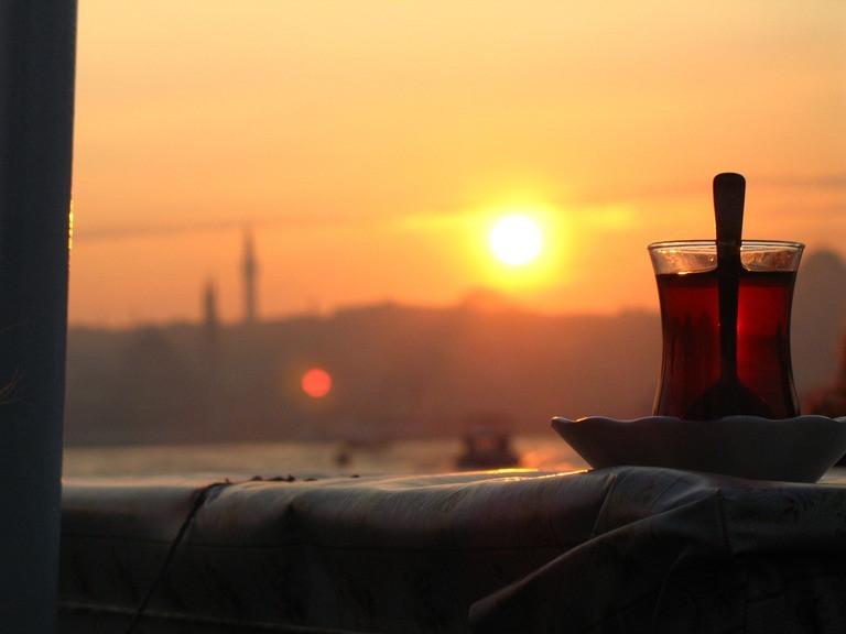 الشاي التركي .. المشروب الأول والمفضل