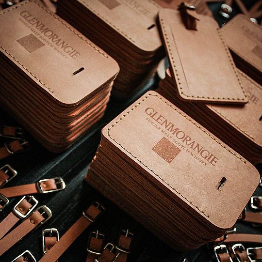 Фирменные сувениры из кожи.jpg
