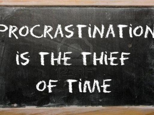 Procrastinating Choices