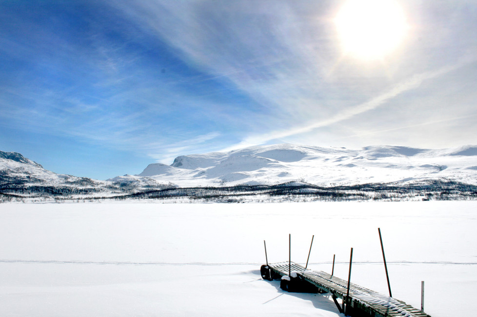 Ordentlig norsk vinter med masse snø på fjelleti Vågå