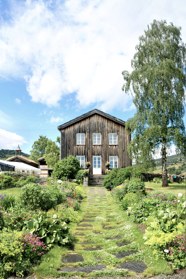 Prestgarden i Vågå_Vågå Hotel_IVK Design.jpg