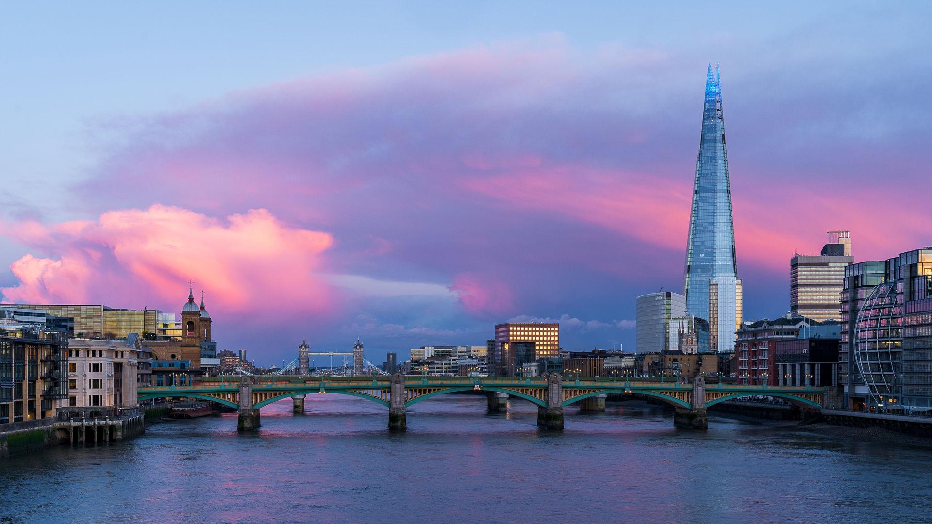 PInks Of London - TBSPSMB.jpg