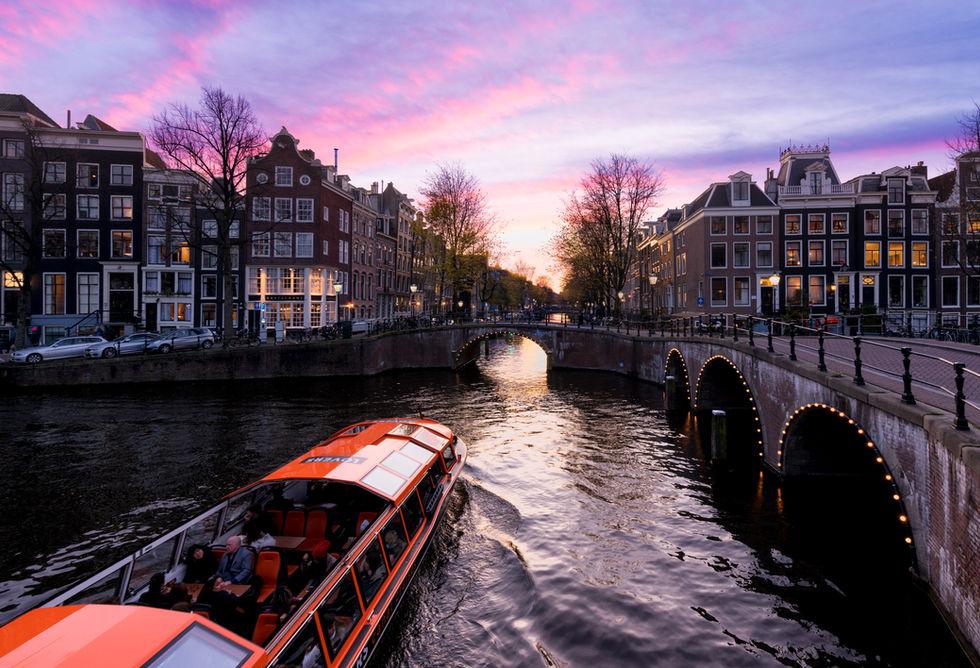 Amsterdam Skys.jpg