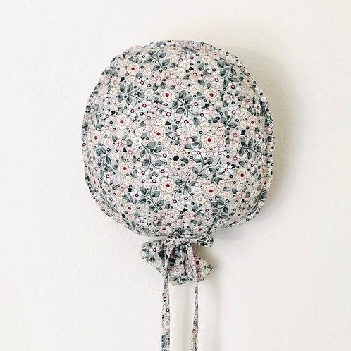 Balloon Flower Grey