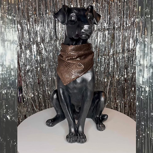 De Vees Doggy in 'Chocolate Snake'