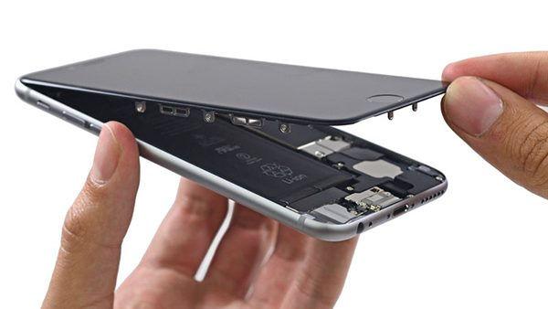 Iphone 7 ecran demonter.jpg