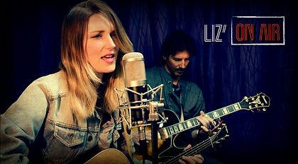 photo Liz'on Air-min.jpg
