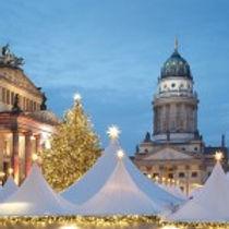 Der schönste Weihnachtsmarkt Berlins lädt zum Feiern ein.