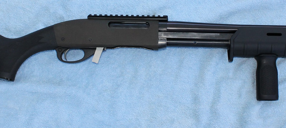 Lumley Arms - Remington 7600 and 7615