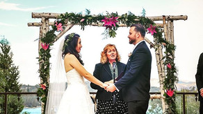 5 Tips for Choosing Your Wedding Officiant