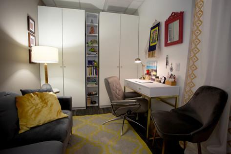 midtown therapist's office