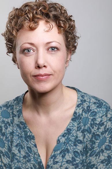 Melanie Cruz Headshot