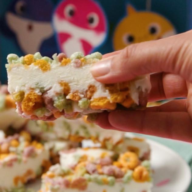 3-Ingredient Frozen Yoghurt Cereal Bars