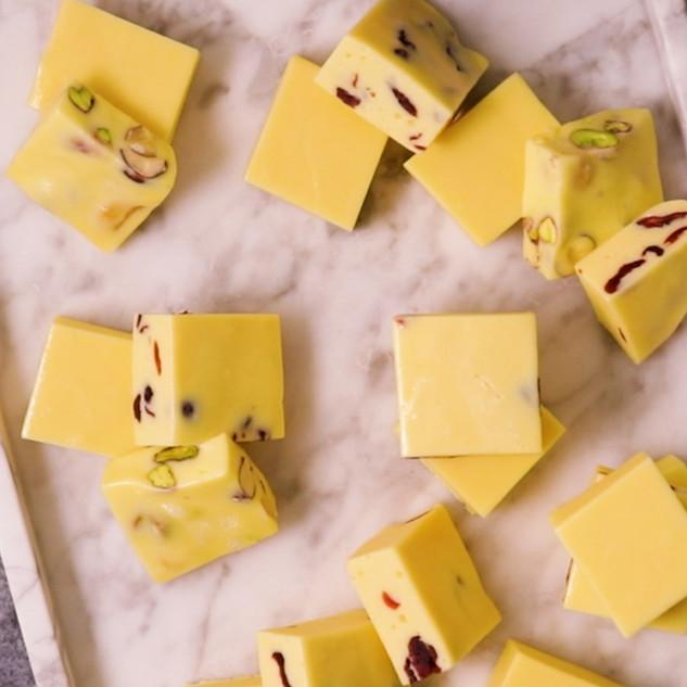 3-Ingredient Milky Mallow Squares