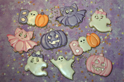 halloween sugar cookies cover picture boo ghost cute pumpkin bats
