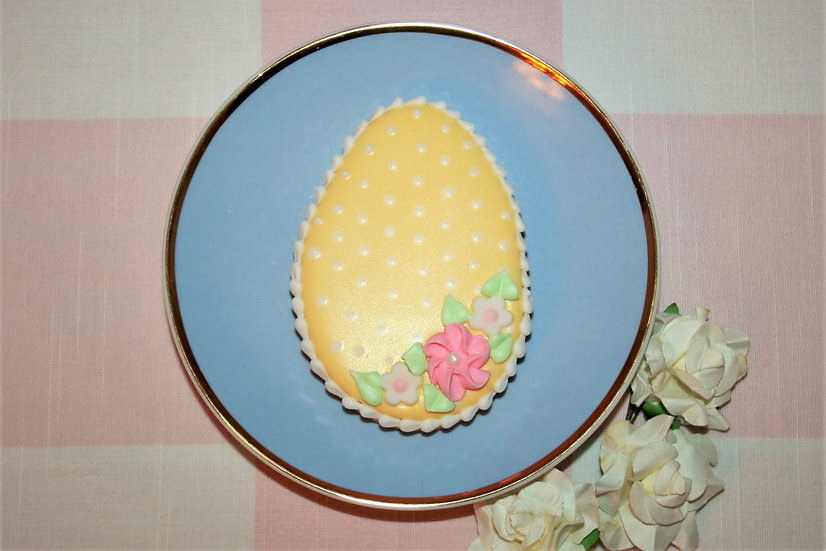 Spotty Floral Eggs