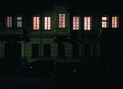 les vitrines de la bourgeosie, 2000