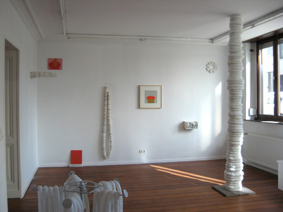 Into a wide vessel, 2007