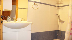 Small_Bedroom_Ensuite
