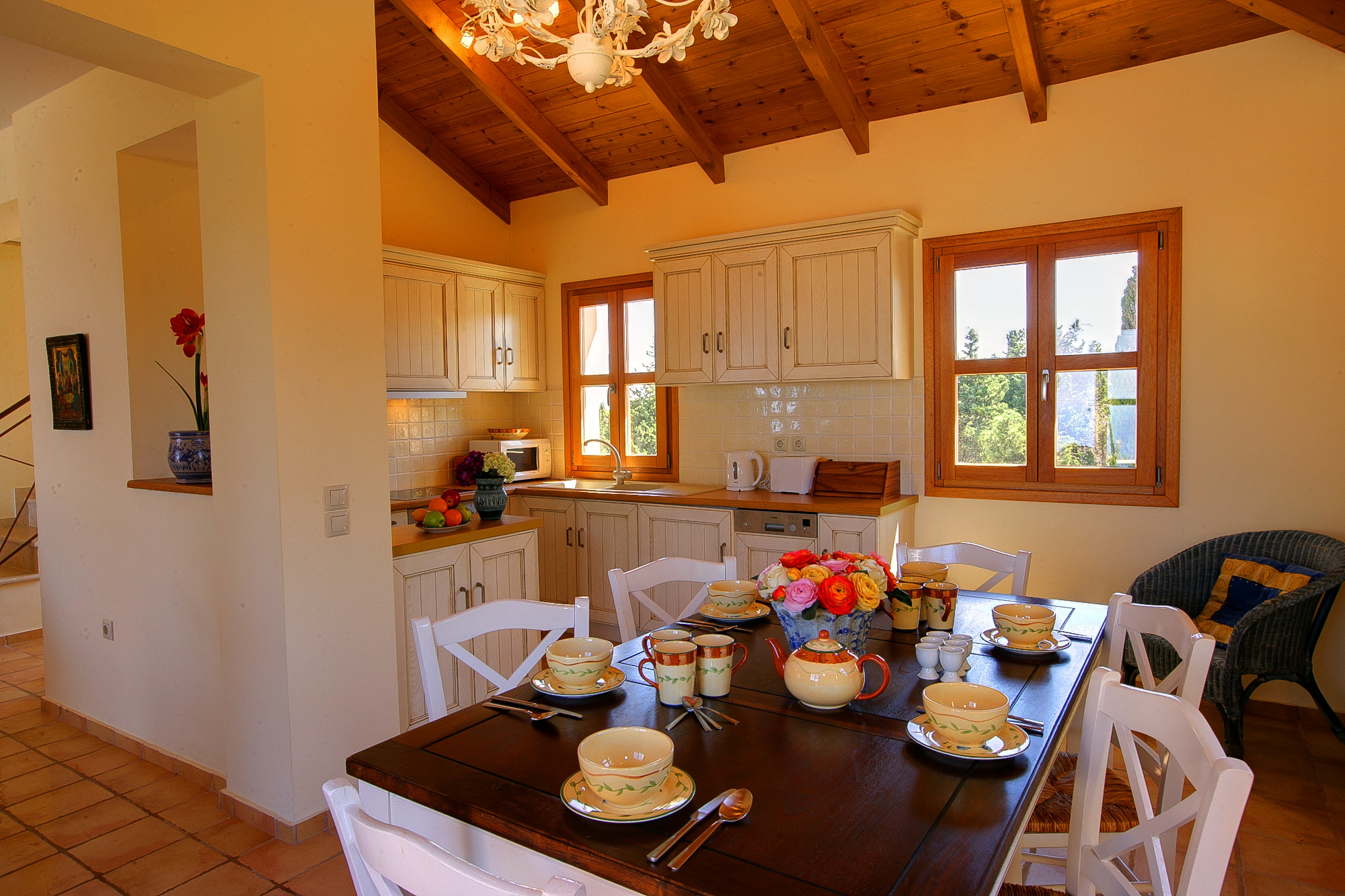 Villa Bernice dining room + kitchen