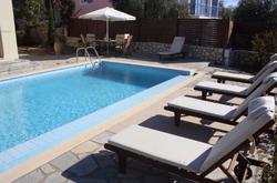 Villa_Alaties_pool