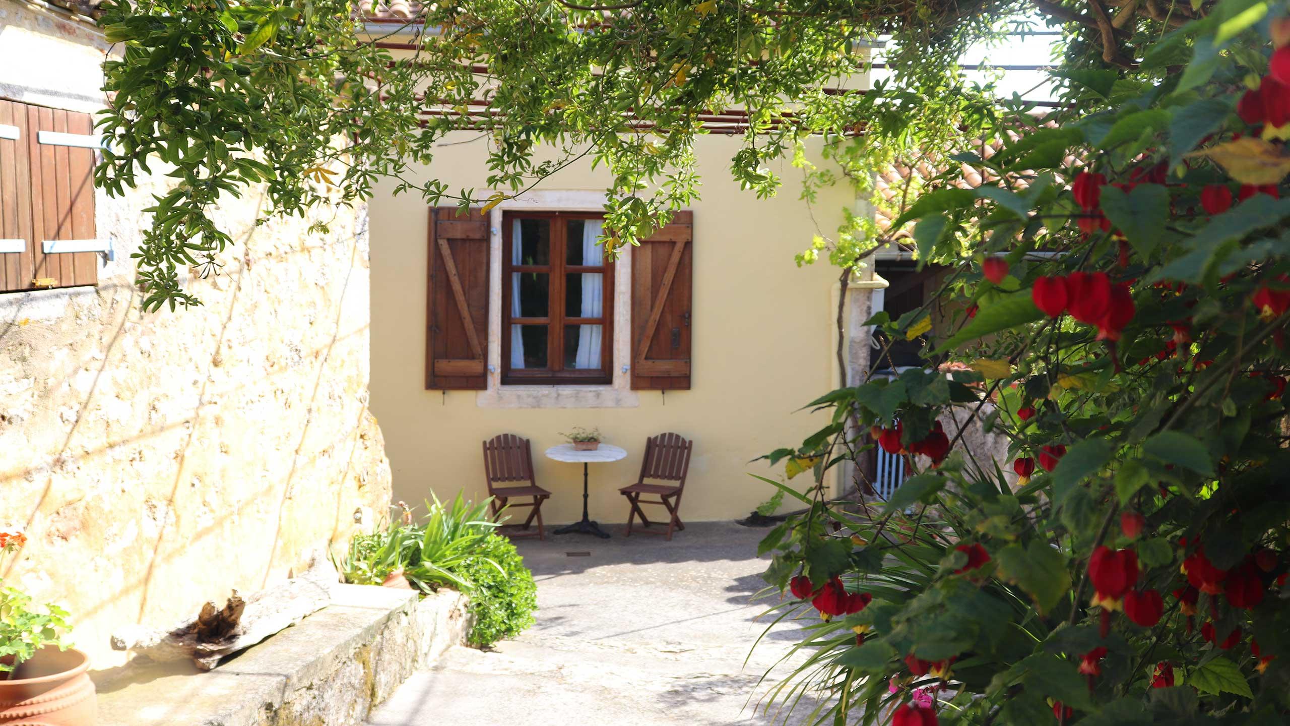 Amigdalospito 'Almond House'